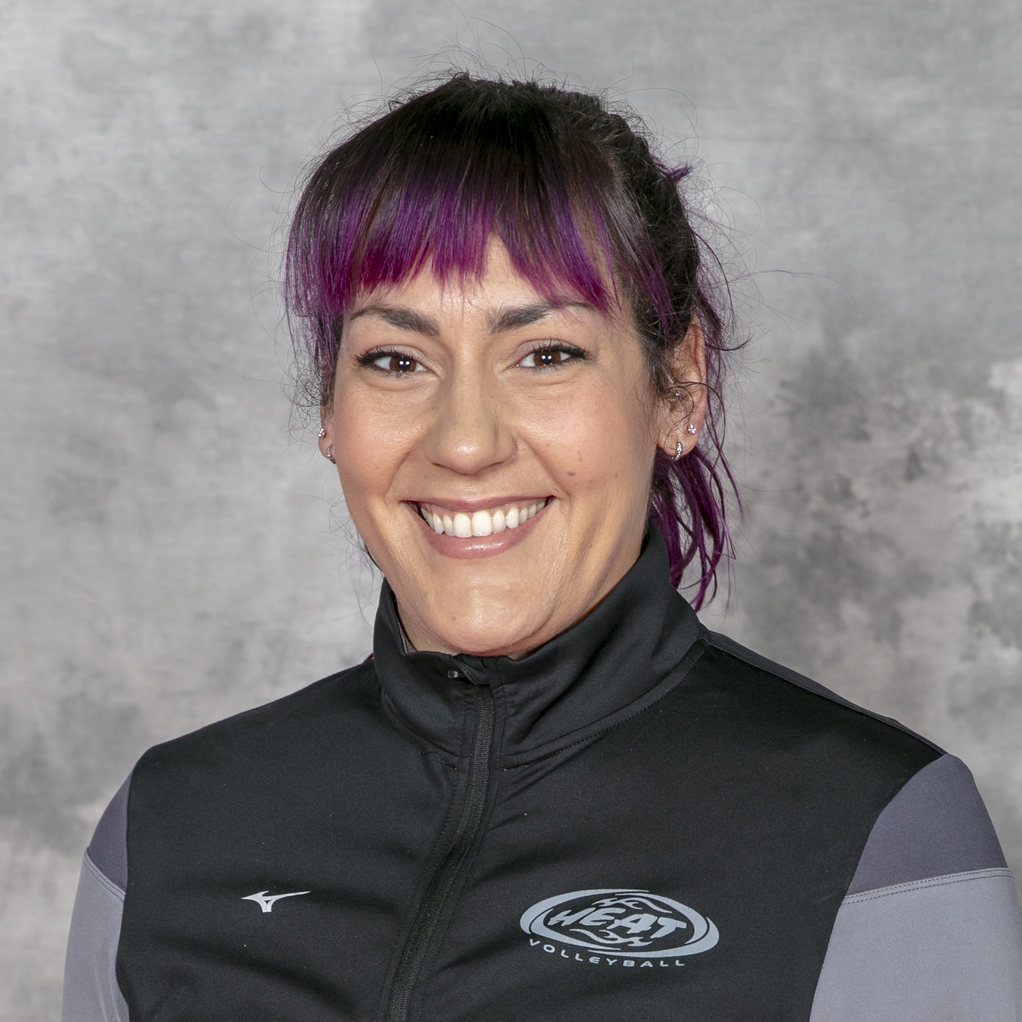 Kayla Radics : Coach